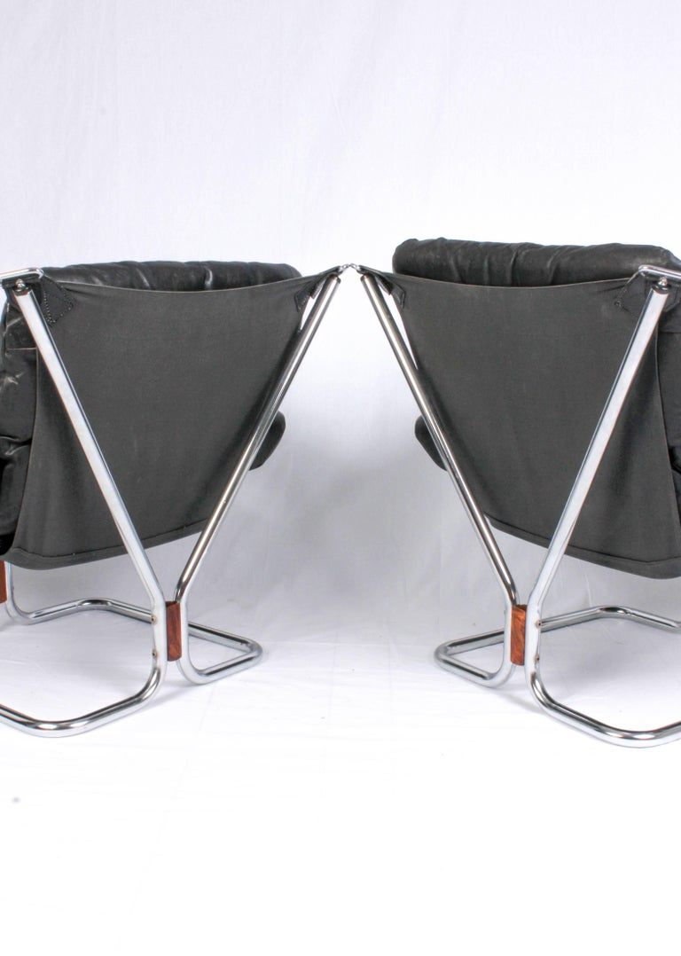 Pair of Midcentury Leather & Chrome Lounge Chairs and Ottoman by Ingmar Relling In Excellent Condition For Sale In Malmo, SE