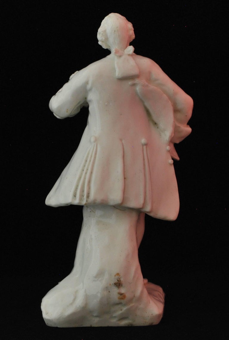 18th Century Figure of the Shakespearean Actor David Garrick, Bow Porcelain, circa 1750 For Sale