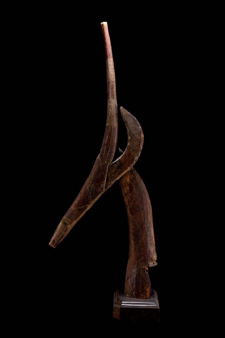 Dance Head Ornament Representing an Antelope Head, Burkina Faso, Africa In Excellent Condition For Sale In San Pedro Garza Garcia, Nuevo Leon