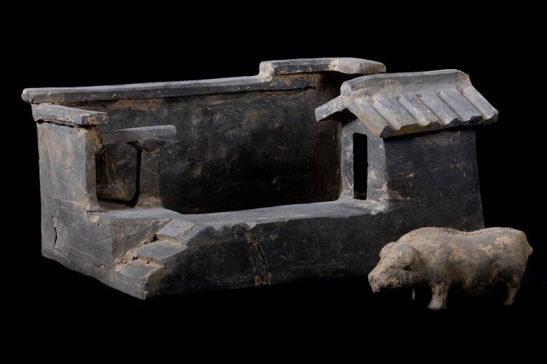 Terracotta Han Dynasty Farm with Pig, China, 200 BC For Sale 1