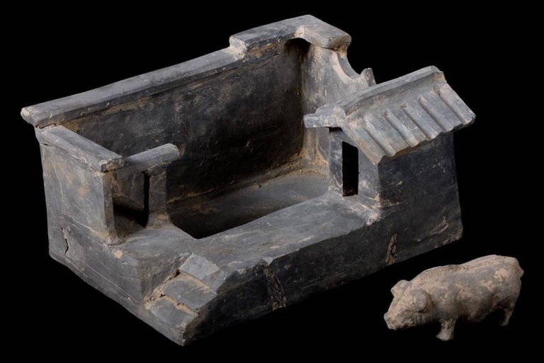 18th Century and Earlier Terracotta Han Dynasty Farm with Pig, China, 200 BC For Sale