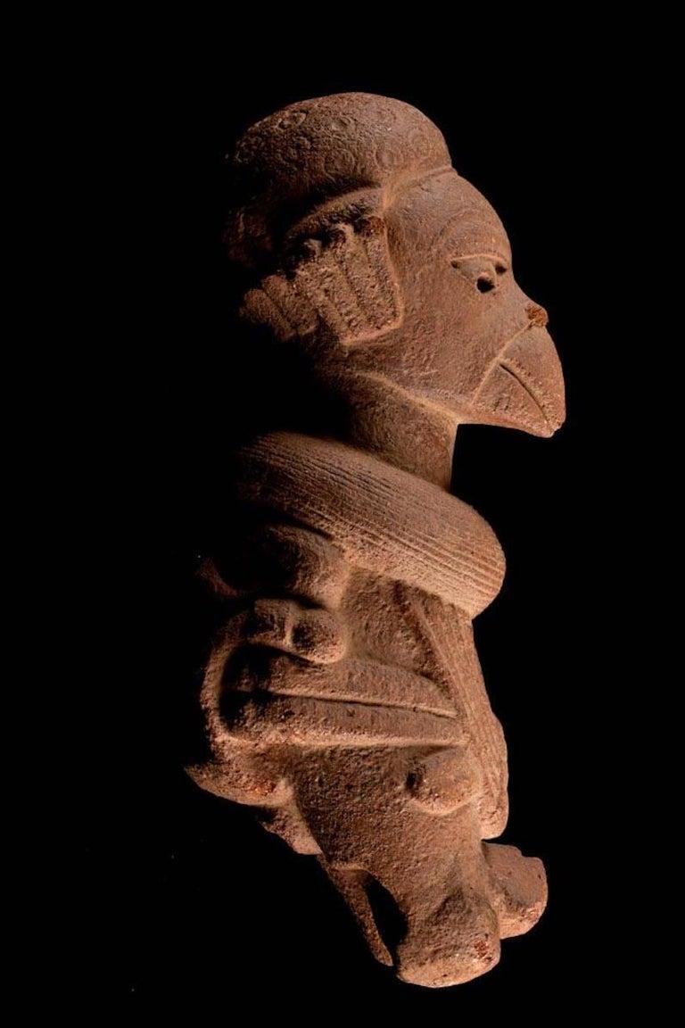 Rare Nok Terracotta Shaman in Bird Costume, Nigeria, Africa, 300-100 BC In Good Condition For Sale In San Pedro Garza Garcia, Nuevo Leon