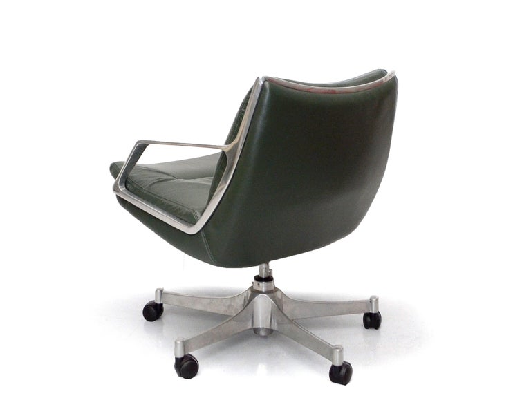 Jorge Zalszupin was born in Poland, but spent most of his productive life in Brazil, where he established himself as one of the most important designers of the Brazilian modernism. These armchairs are a good example of his sensual approach to the