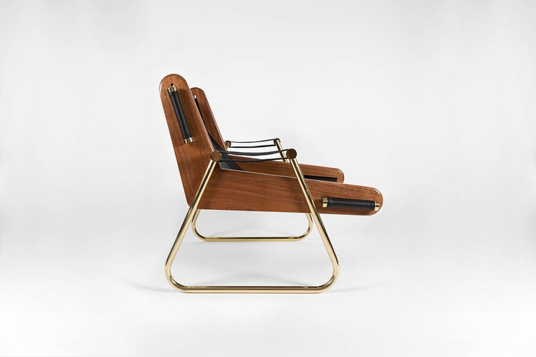Bauhaus GRAPPA Contemporary Leather Lounge Chair with Walnut Panels and Brass Piping For Sale