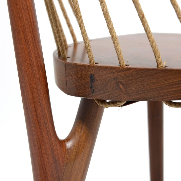 Three Legged Chair on Tropical Brazilian Hardwood and Natural Ramie Cord In Excellent Condition For Sale In Nova Friburgo, BR