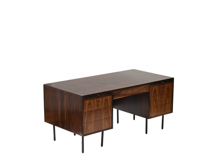 Mid-Century Modern Midcentury brazilian writing table in Rosewood by Forma, 1960s For Sale