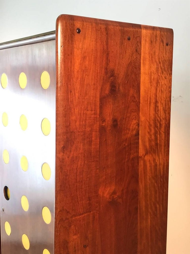 Modern Cimo Armoire in Hardwood with Yellow Details In Good Condition For Sale In Sao Paulo, SP
