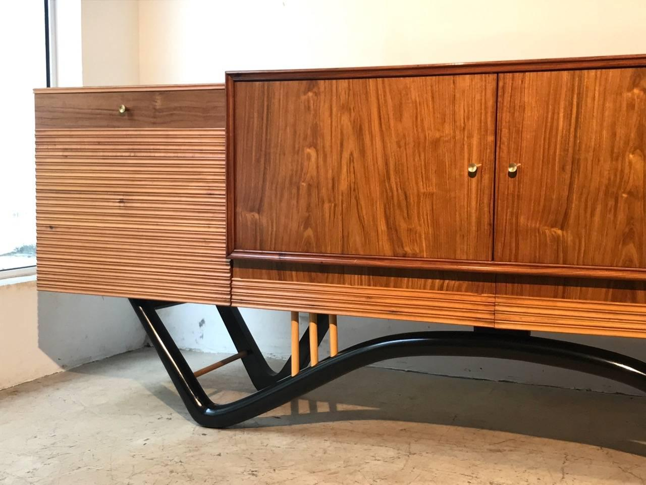 Credenza La Gi : Giuseppe scapinelli credenza or buffet at stdibs