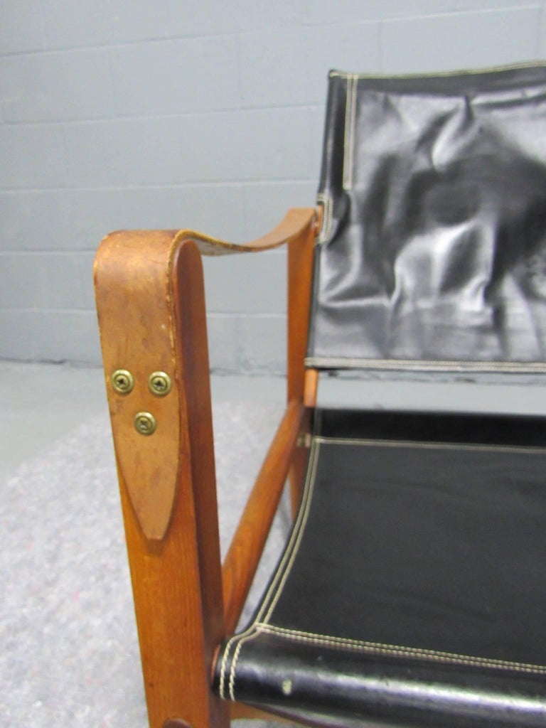 Black Leather Safari Chair by Kaare Klint for Rud Rasmussen For Sale 3