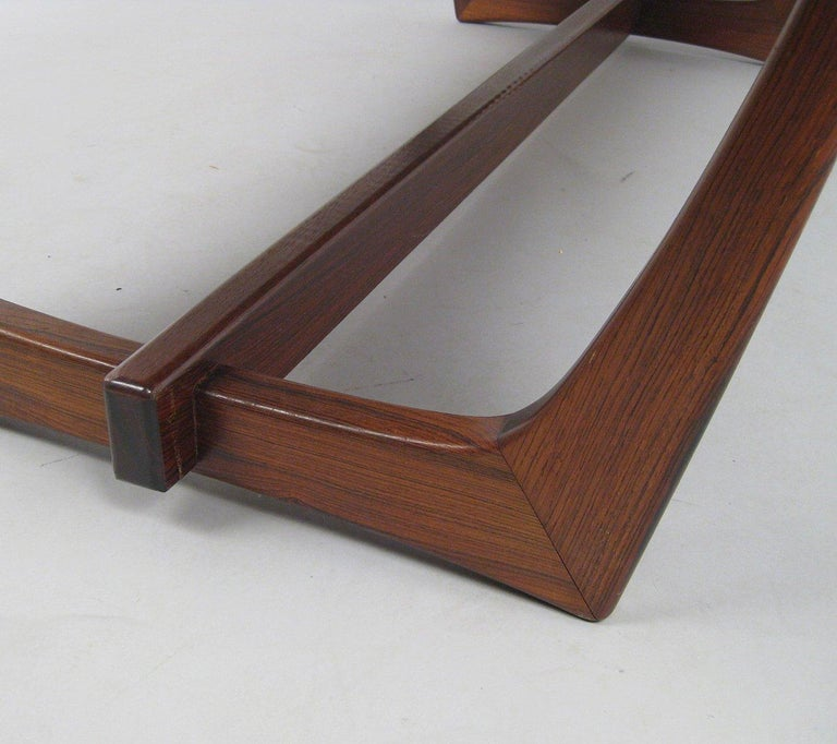 Mid-Century Modern Danish Rosewood Coffee Table For Sale