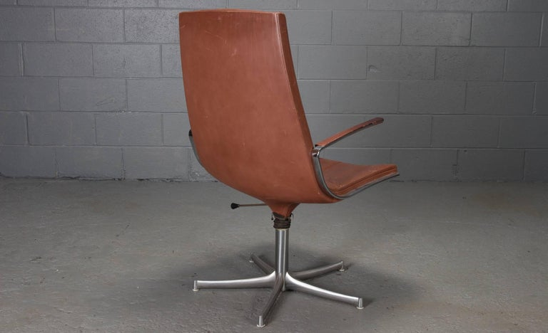 Set of Six Armchairs in Chrome and Cognac Leather by Walter Knoll In Good Condition For Sale In Belmont, MA