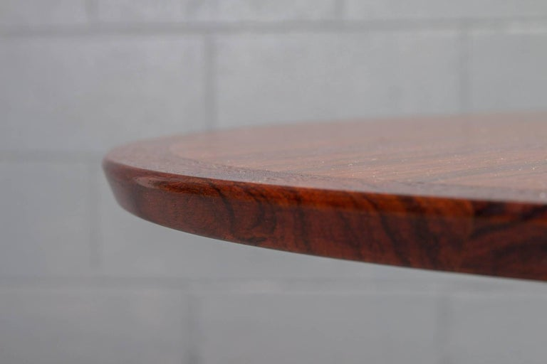 20th Century Round Rosewood and Chrome Pedestal Base Coffee Table For Sale