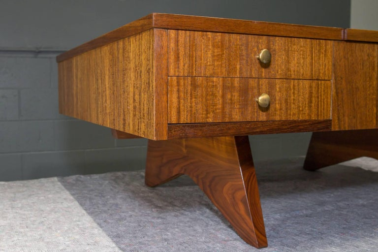 20th Century Origins Coffee Table with Storage Model 272 by George Nakashima for Widdicomb For Sale