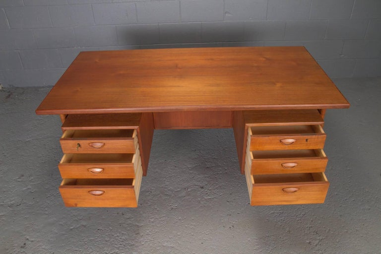 Danish Teak Desk with Floating Top by Kai Kristensen For Sale 1