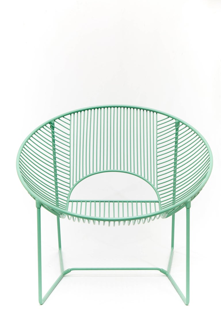 Polished Handcrafted Outdoor Cali Wire Lounge Chair, Powder-Coated Steel  For Sale - Handcrafted Outdoor Cali Wire Lounge Chair, Powder-Coated Steel For
