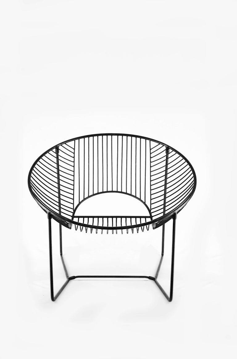 Handcrafted Outdoor Cali Wire Lounge Chair, Powder-Coated Steel For Sale 1