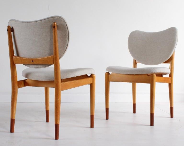 Danish Finn Juhl, Rare Dining / Side Chairs, Maple, Teak, Beige Fabric, Denmark, 1949 For Sale