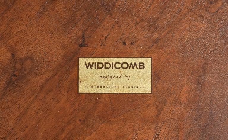 American T.H. Robsjohn-Gibbings, Round Coffee Table, Walnut, Brass Legs, 1950s Widdicomb For Sale