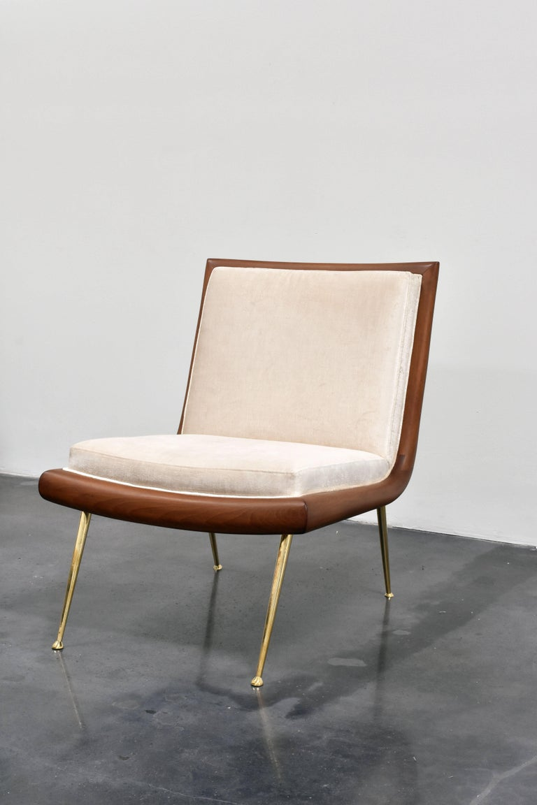Mid-Century Modern T.H. Robsjohn-Gibbings, Cocktail Chairs, Walnut, Beige Velvet, Brass, 1950s For Sale