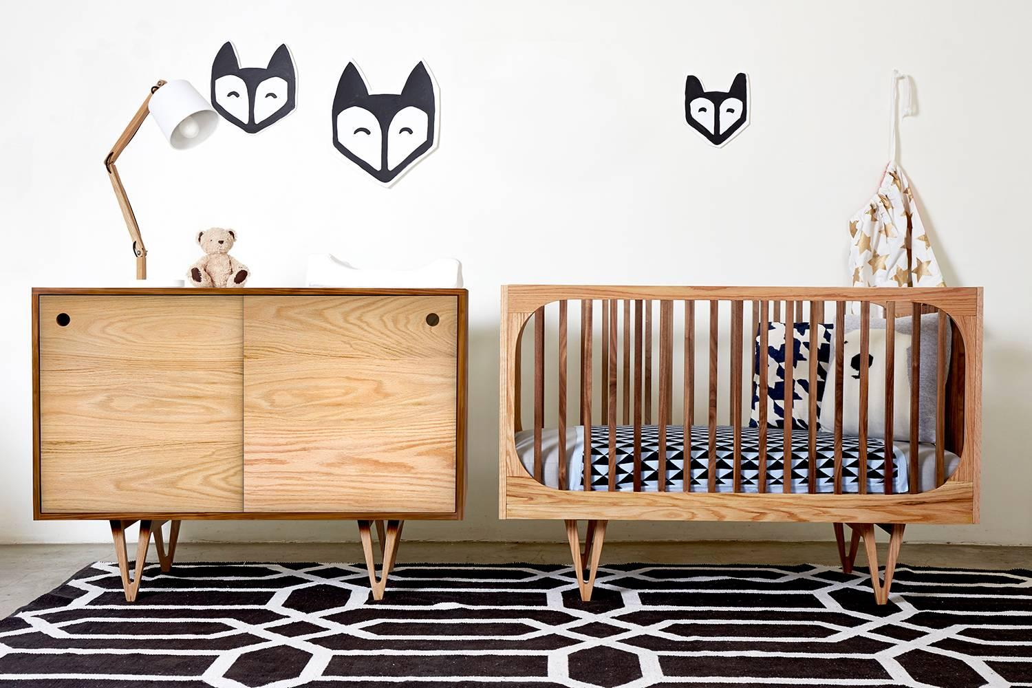 Merveilleux Inspired By Mid Century Modern Design, The Harrison 3 In 1 Crib Is A