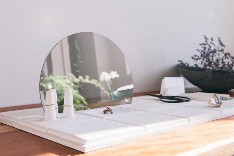 Salle de Bain 'L' Handmade Cast Concrete Tray in White by UMÉ Studio For Sale 1