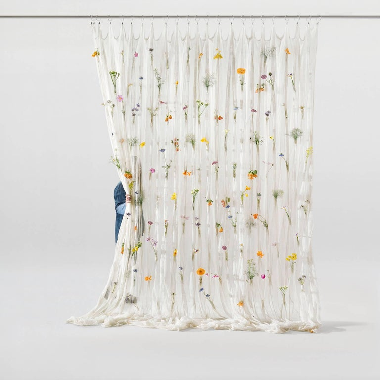 Minimalist Draped Flowers, Paper Thread Curtain to Hold Fresh Flowers by UMÉ Studio For Sale