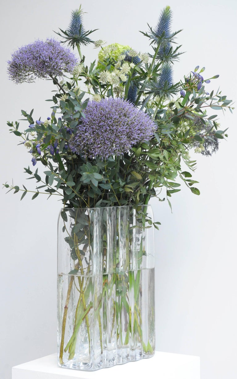Contemporary Handblown Clear Glass Vase  For Sale 1