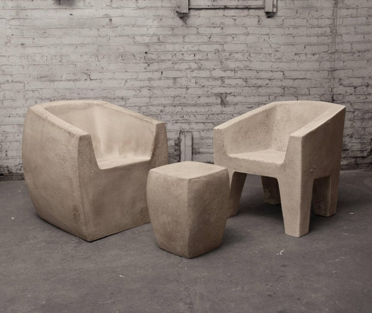 Modern Lightweight Outdoor Side Table in 'Aged Concrete' finish by Zachary A. Design For Sale