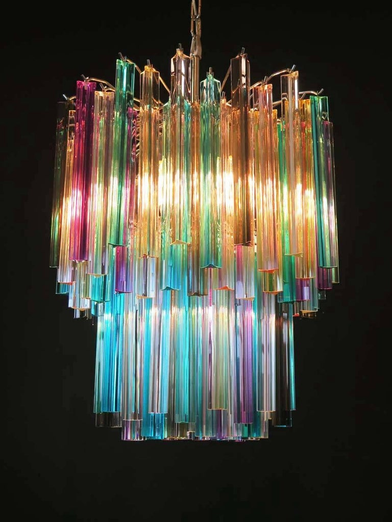 Pair of Chandeliers Multi-Color Triedri, 107 Prism, Murano, 1970s In Excellent Condition For Sale In Budapest, HU