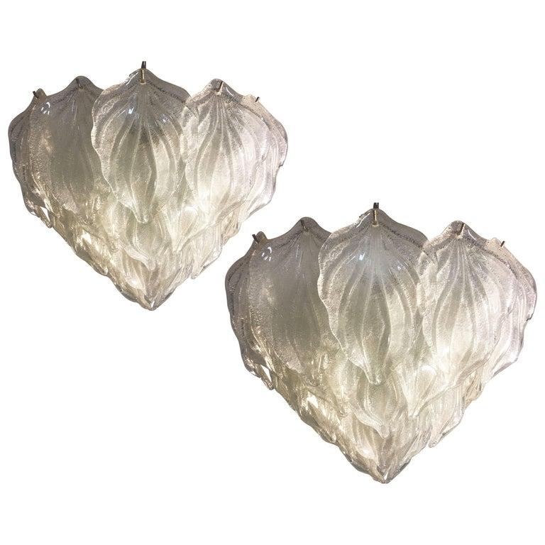 Murano polar ice chandelier, 1970. Six lights. 38 leaves Murano glass. Measures: height (80 cm). diameter (60 cm).