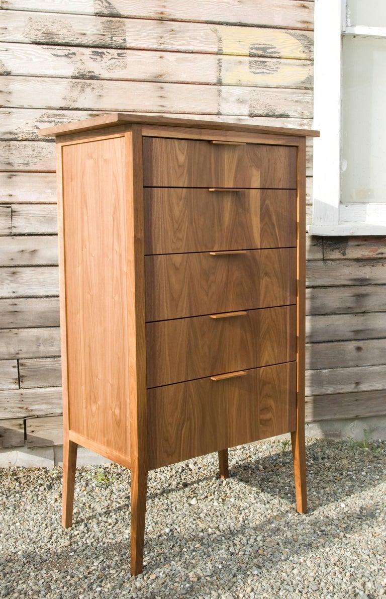Mid-Century Modern Dresser, Storage, 5 Drawers, Modern, Hardwood, Walnut, Customizable, Semigood For Sale