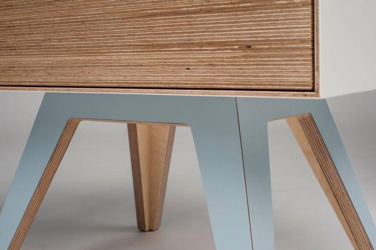 Erbert Nachttisch, Designt und Gefertigt in Wien von Lee Matthews 5