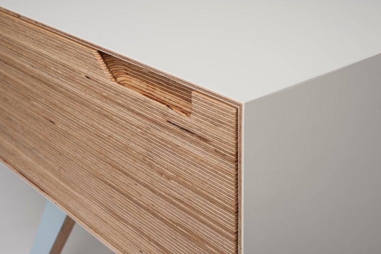 Erbert Nachttisch, Designt und Gefertigt in Wien von Lee Matthews 4