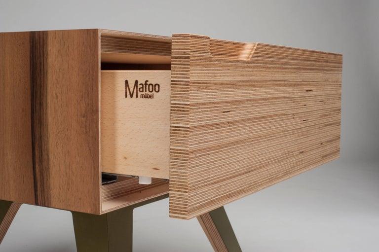 Erbert Nachttisch, Designt und Gefertigt in Wien von Lee Matthews 10