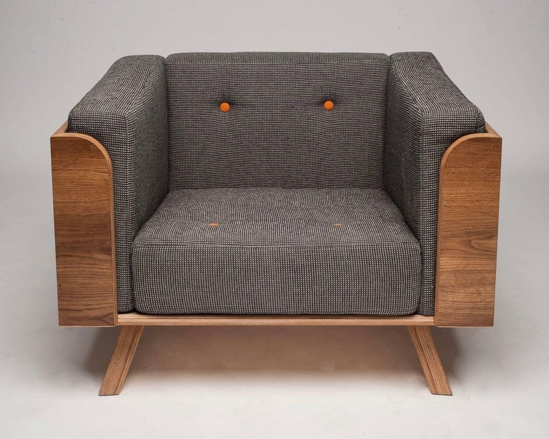 Contemporary Big Biscuit Lounge Chair, Hand veneered plywood in old oak with grey cushions For Sale