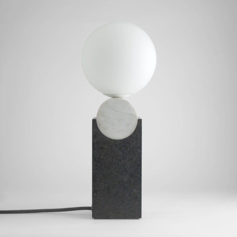 Modern Contemporary Monument Lamp Circle in Carrara Marble, Solid Steel and Glass For Sale