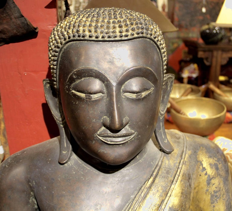Buddha in Bronze Black Gold, Thailand For Sale 4