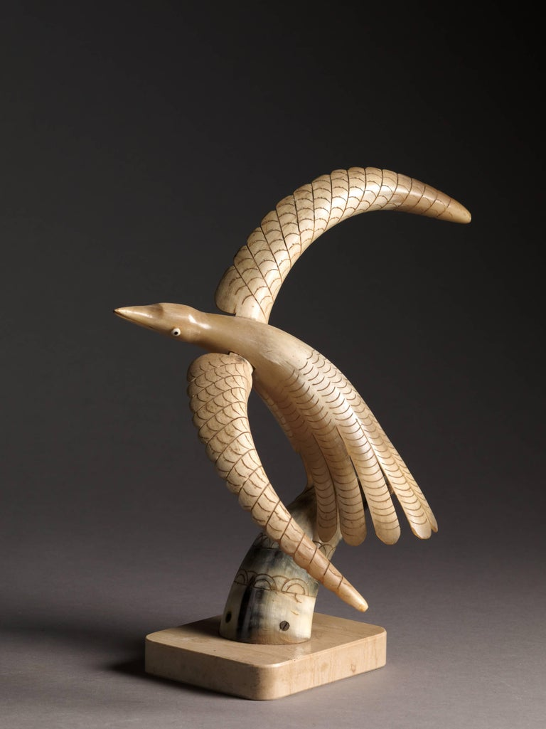 Collection of 70 Vintage Hand-Carved Cow Horn Sculptures, 20th Century In Good Condition For Sale In Brussels, BE