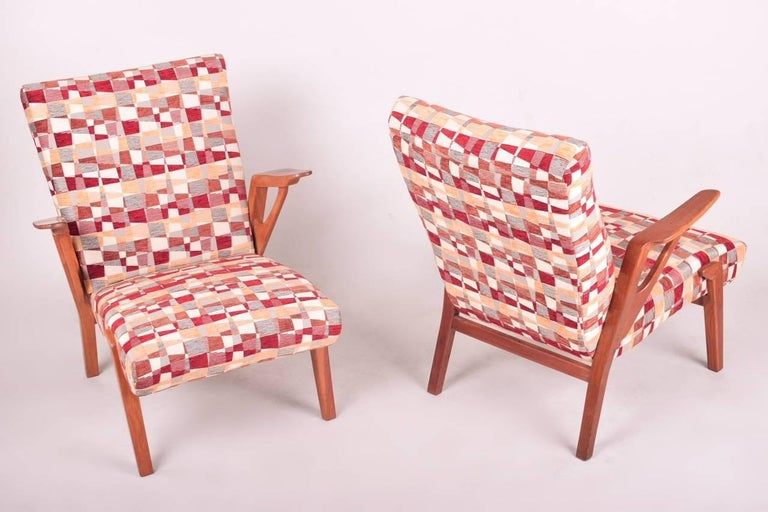 Pair of Mid-Century Oak Armchairs, 1960s, Czechoslovakia In Excellent Condition For Sale In Prague 8, CZ