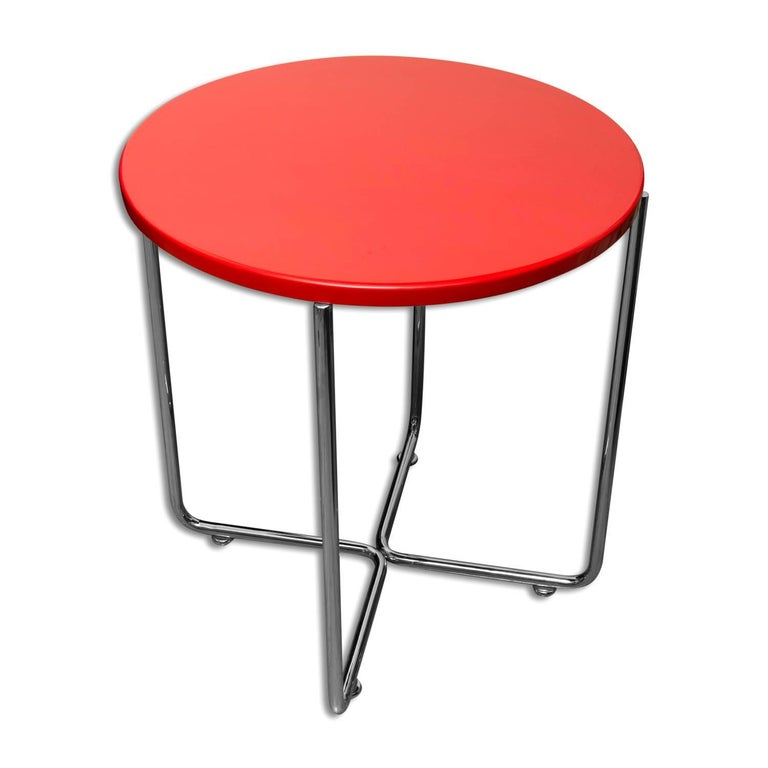 Bauhaus Coffee or Side Table from Vichr & Spol, 1930s, Bohemia In Excellent Condition For Sale In Prague 8, CZ