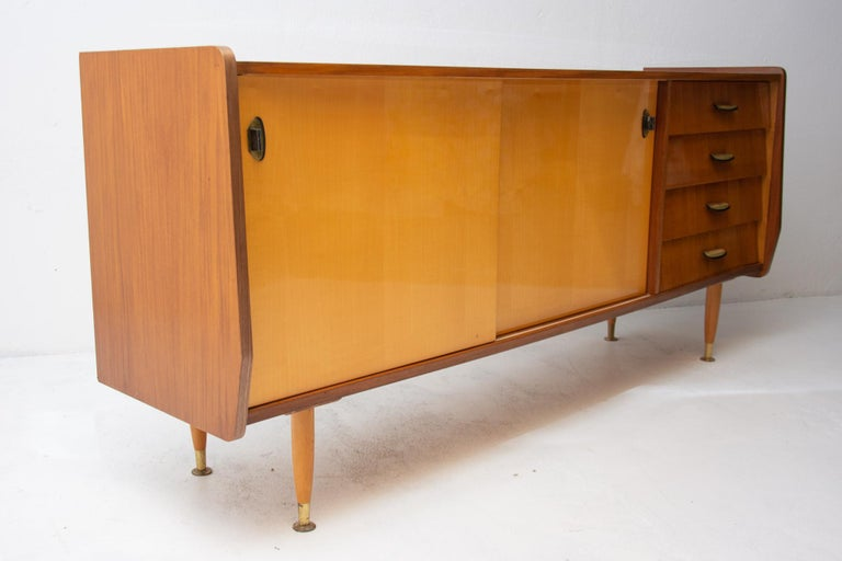 Italian Midcentury Mahogany Sideboard from the 1960s For Sale 11