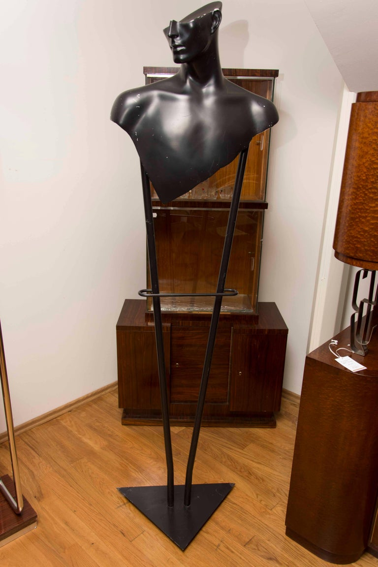 Fashion Midcentury Valet stand, 1970s, Czechoslovakia In Good Condition For Sale In Prague 8, CZ