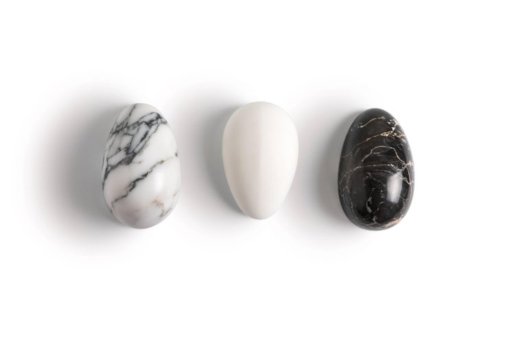 Hand-Crafted Black Marble Paperweight with Mouse Shape For Sale