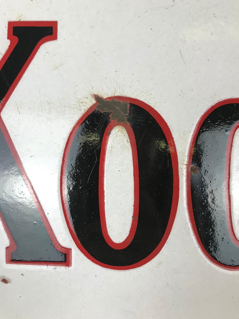 Mid-20th Century 1940s Vintage Double-Sided Triangular French Metal Enamel Kodaks Sign For Sale