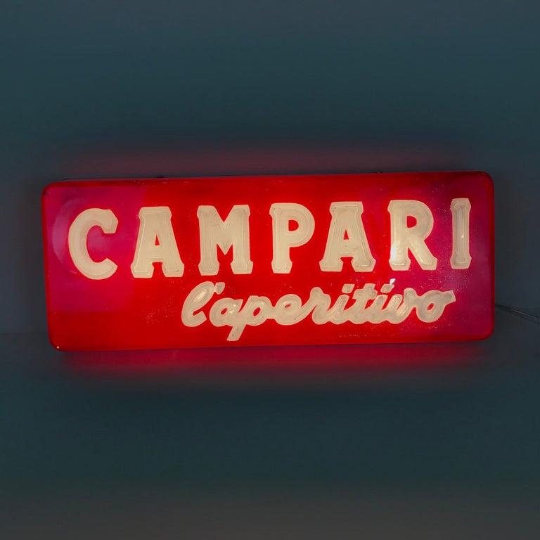 1970s Vintage Italian Campari L'aperitivo Campari the Aperitif Illuminated Sign In Good Condition For Sale In Milan, IT