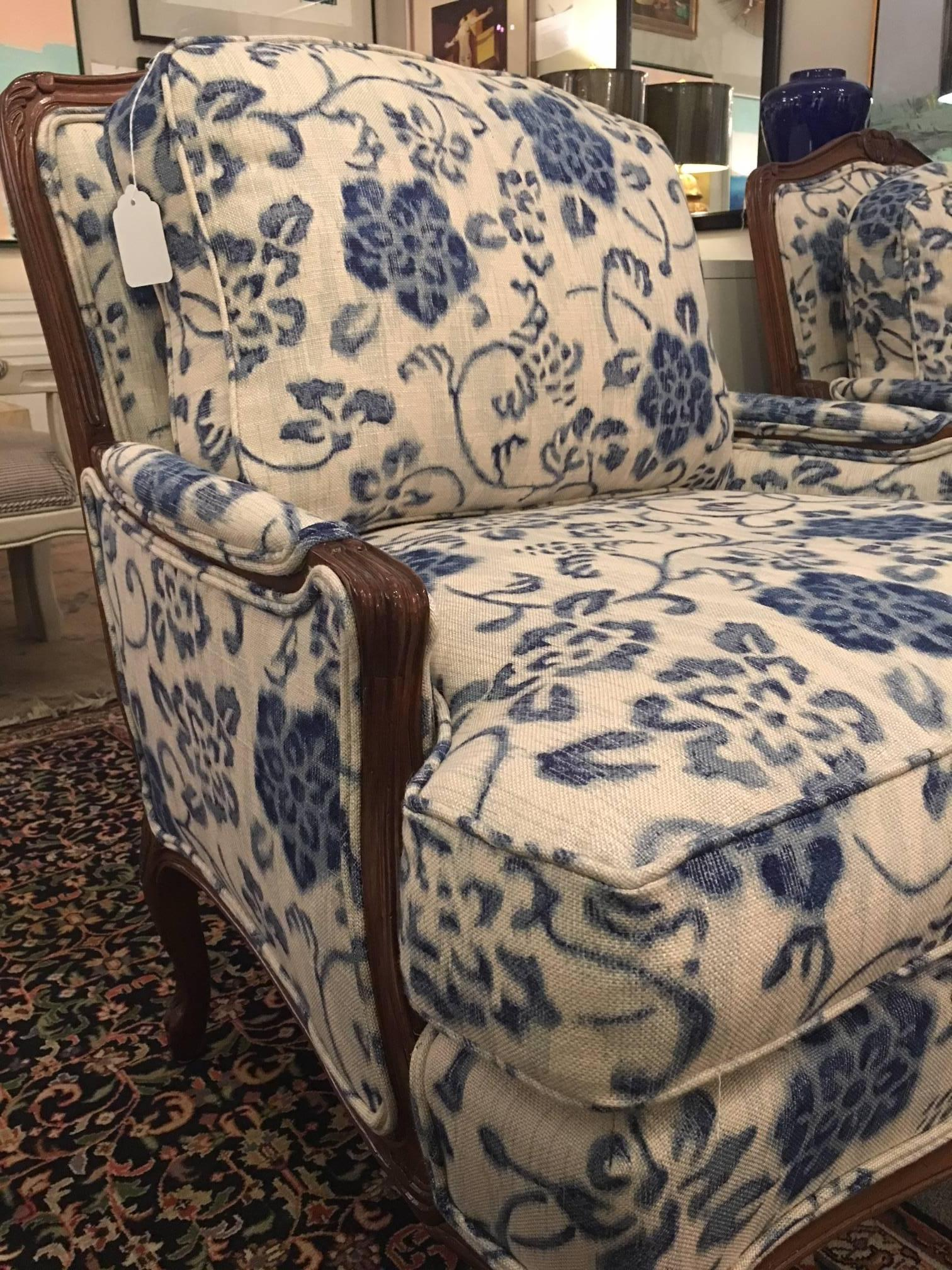 American Classical Pair Of Taylor King Bergere Chairs For Sale