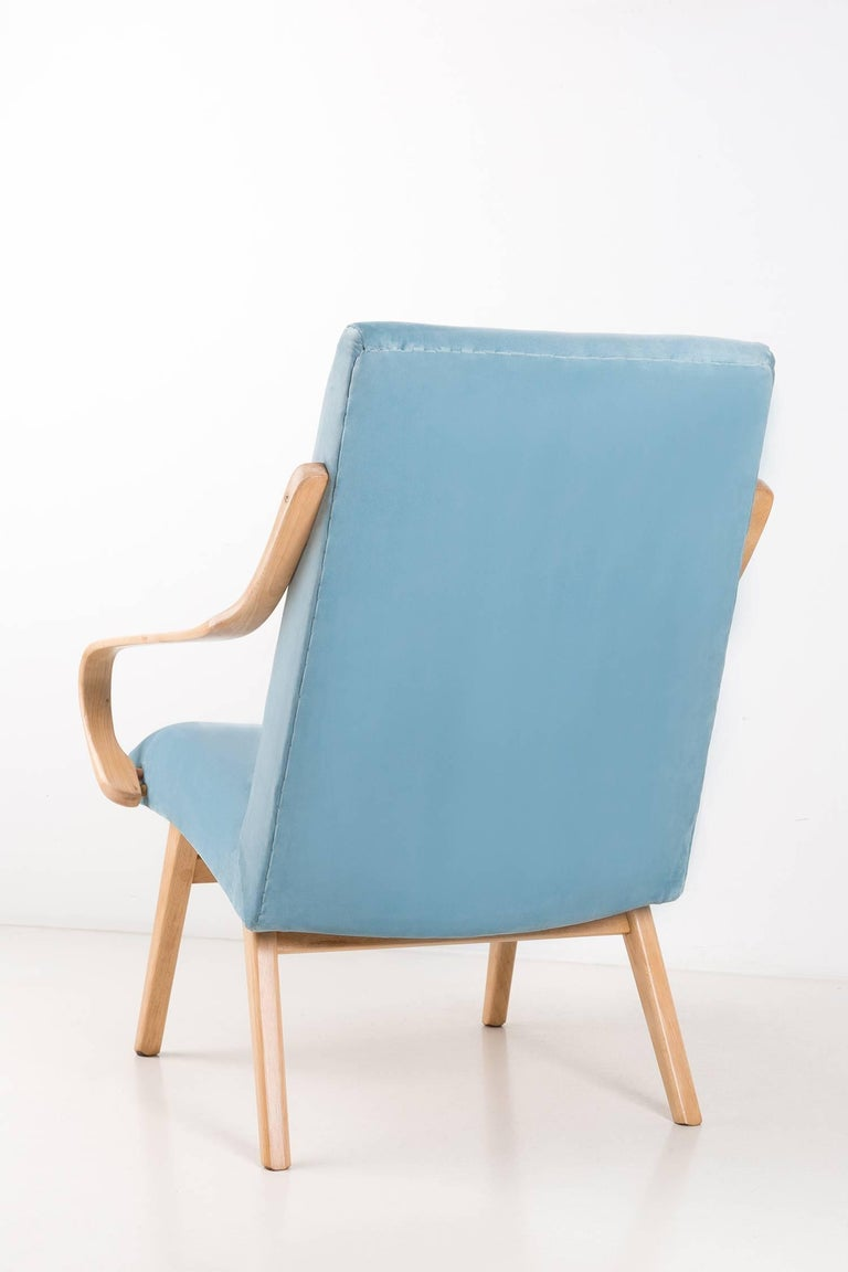 Hand-Crafted Armchairs Designed by Jaroslav Šmidek for Ton, Czech Republic, 1960s For Sale