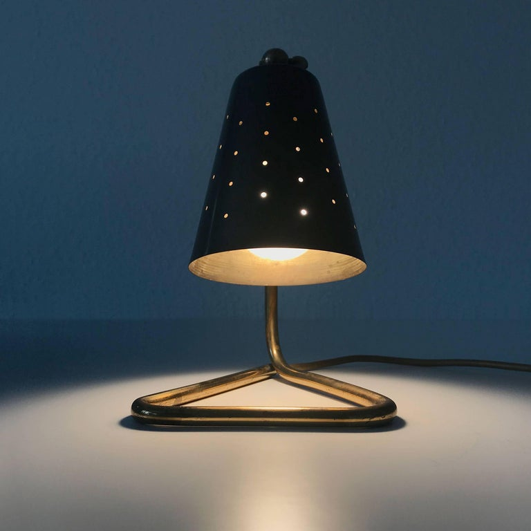 Swedish Elegant Brass Table Lamp by Hans Bergström Attributed, Sweden, 1950s For Sale