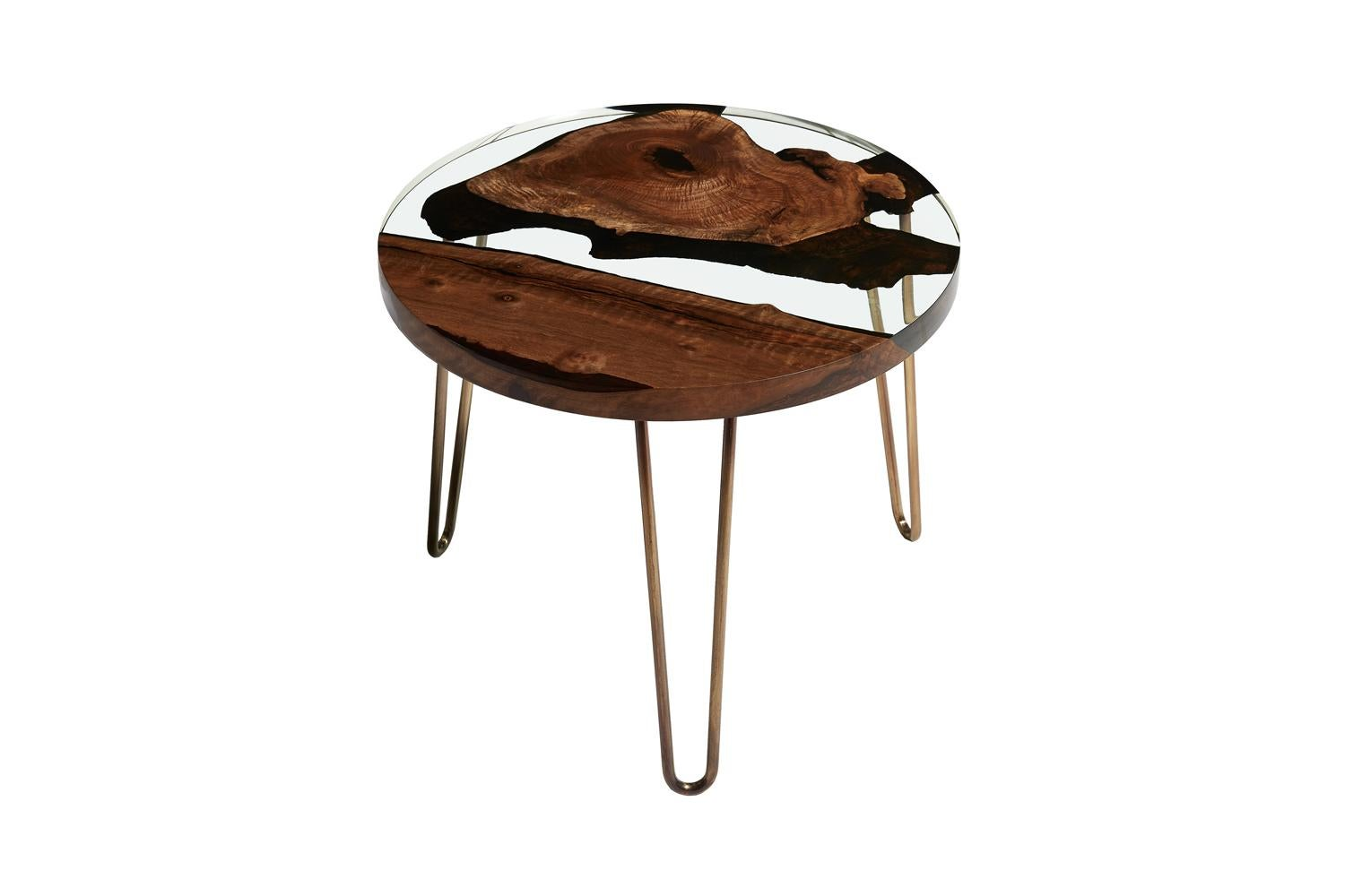 American Hudson 60 Round Clear Epoxy Resin Coffee Table With Brass Finish  Hairpin Legs For Sale