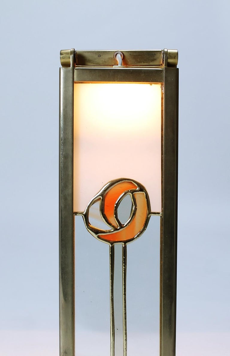 Pair of Custom Design Table Lamps in Manner of Charles Rennie Mackintosh For Sale 3